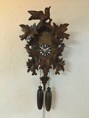 Vintage Classic German Black Forest Cuckoo Clock - Complete & Working