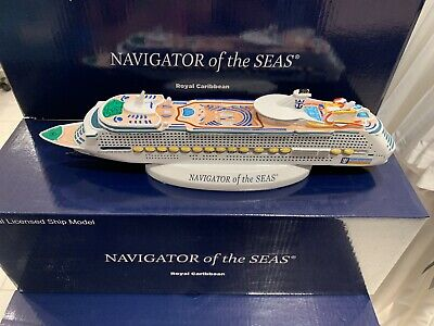 ROYAL CARIBBEAN SYMPHONY Of The Seas Model Cruise Ship