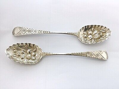 Pair of Victorian Sterling Silver Berry Spoons, London 1892, Charles Boyton (II)