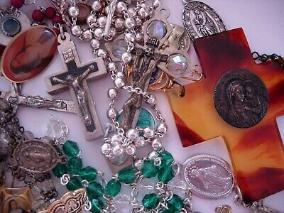 LOT OF VINTAGE Catholic Medals Christian Religious Cross