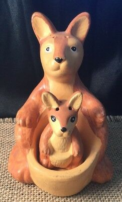 Vintage Collectable Ceramic AUSTRALIANA Kitsch Kangaroo Joey Salt Pepper Shakers