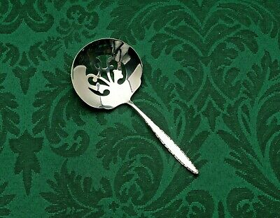 Lace Point by Lunt Sterling Silver Bon Bon, Nut or Candy Spoon 4 7/8""