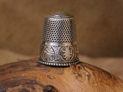 Vintage Sterling Silver Etched Thimble