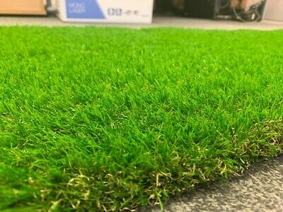 Cheap Artificial Grass Clearance Roll End Remnant 35mm pile Off Cuts Astro Turf