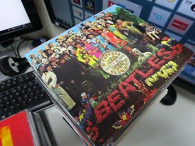 The Beatles - Sgt. Pepper's Lonely Hearts Club Band (1992)