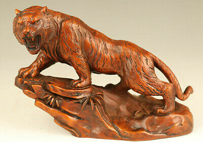 Chinese old boxwood hand carved tiger statue netsuke noble table home decoration