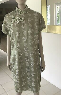 Chinese Green  Silk Dress Cheongsam  by Peony Shanghai China . Size 42