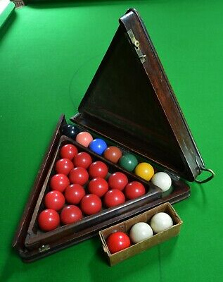 Antique snooker ball box, mahogany, 19th Century, triangle and balls included