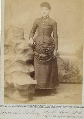 Cabinet Card Photo Cab88 Pretty Woman Posing - Lawson's Gallery South Bend, Ind