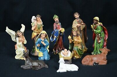 11 Pcs Polyresin Christmas Nativity Set In 130mm Height.