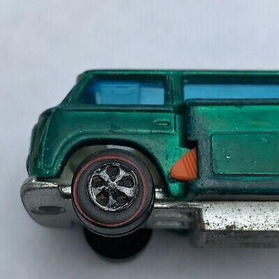 1969 Hot Wheels HK(Hong Kong) Green Volkswagon Beach Bomb w/Boards!