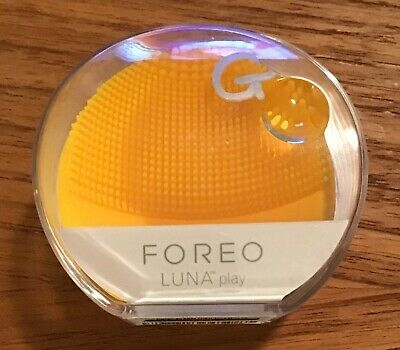 FOREO LUNA Play !Portable Facial Cleansing Brush (SUNFLOWER YELLOW) New!