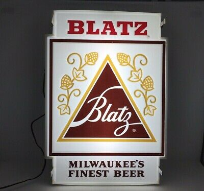Blatz Beer Lighted Sign Milwaukees Finest Beer Late 1970s/Early 1980s Vintage