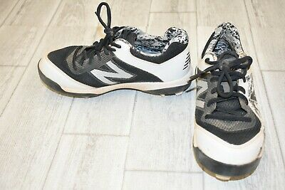 **New Balance J4040PK4 Baseball Cleat - Big Boy's Size 4.5M, Black/White
