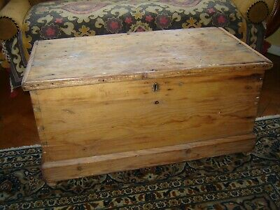 Victorian stripped pine blanket box/coffee table