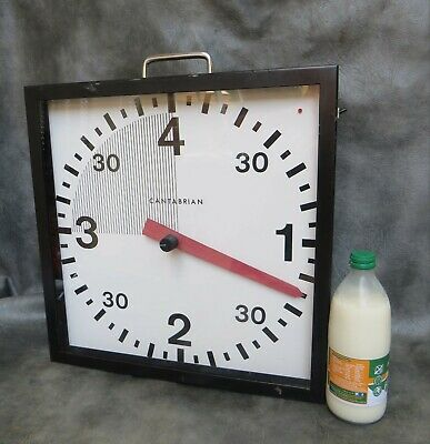 A Good Working Cantabrian Portable Boxing Match Timing Clock * Battery Powered *