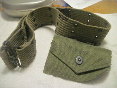 selling ww2 web belt with first aid pouch in very good condition