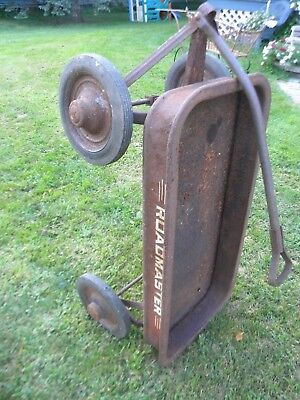 old vintage ROADMASTER wagon.. antique looking.. original pull trailer.. low $$$