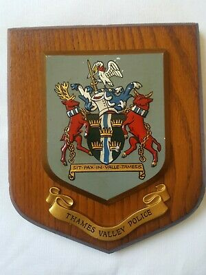Vintage THAMES VALLEY POLICE plaque shield