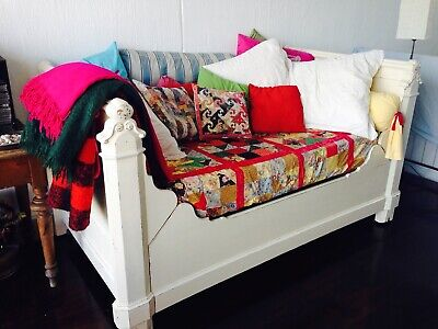 Antique French Provincial Day Bed / 'Lit En Bateau' With New Custom Made Matress