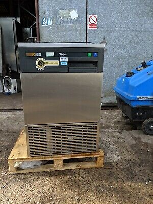 WHIRLPOOL K40 Air cooled ice maker, 40 KG per 24 hours, adjustable ice thickness