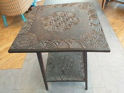 ANTIQUE VICTORIAN side occasional table with carving FINELY CARVED LEGS  c.1890