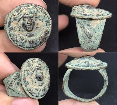 wonderful rare ancient old Roman face unique bronze ring