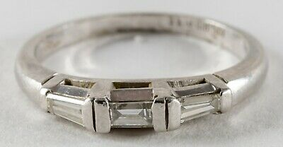 1930's Antique Art Deco Platinum 0.25ctw Tapered Baguette Wedding Band Ring