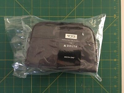 TUMI Delta One First Class Pouch Case Amenity Kit SEALED Kiehl's Business Travel