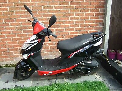 LEXMOTO ECHO 50cc SCOOTER MOPED 2018 RED & BLACK