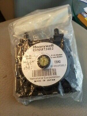 HONEYWELL AIR PRESSURE SWITCH C6065F1340:2 new T12950PRESS342 pressure switch