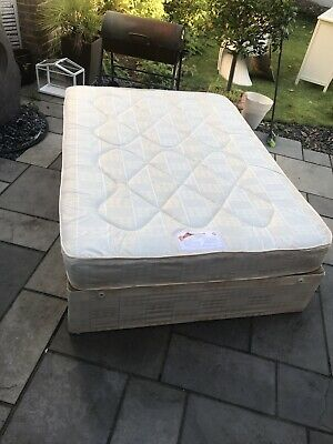 WINDSOR ORTHOPAEDIC double divan bed with mattress 💙