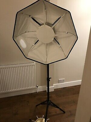 Broncolor Beautybox 65 Lighting/Photography With Paterson Tripod, Manfrotto Case