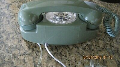Vintage Princess Phone Western Electric Bell System ( IT LIGHTS )