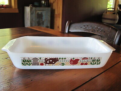 "Vtg Anchor Hocking Country Love (cow chicken barn) 1 1/2 Qt Baking Dish 6""x10"""