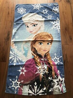 Girls Disney Frozen Large Towel In Excellent Condition