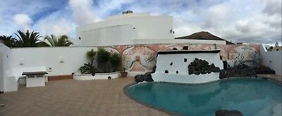 Lanzarote 6 bed 3 bath Heated pool and Hot Tub with WIFI Aug 1-8 Sleep 16 people