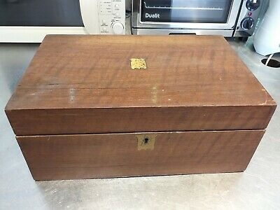 ANTIQUE WALNUT wood VICTORIAN writing slope WOODEN BOX brass trim NEEDS REPAIR