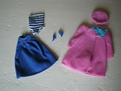 2 Vintage Outfits from the 90's for Barbie Doll with Accessories