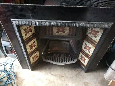 Antique /   Victorian Cast Iron Inset Fire Place With Tiles