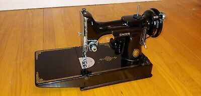 e Singer Portable Electric Featherweight Sewing Machine 221-1