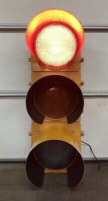 "Eagle TRAFFIC SIGNAL Light Red Yellow Green 41"" Aluminum"