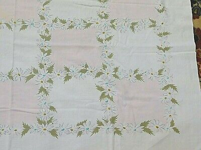 """Vtg Mid Century Cotton Printed Tablecloth Pink And Daisy Floral - 63""""X53"""""""