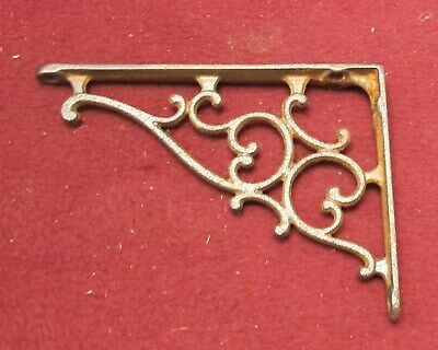 Single Ornamental Cast Iron Shelf Bracket Brace - Unmarked