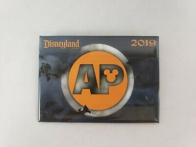 Disney Parks - Annual Passholder Button Pin - 2019 Halloween