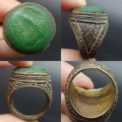 Ancient intaglio king face Old Jade stone rare unique old bronze ring