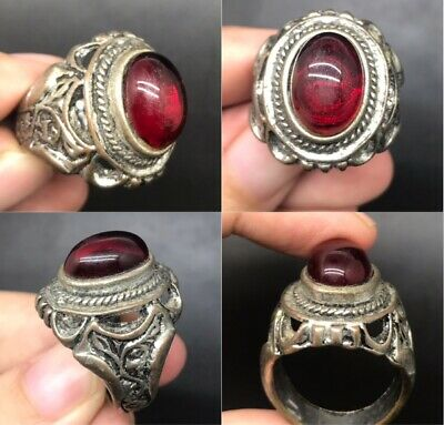 Very beautiful unique post medieval old garnet stone silver plated old ring