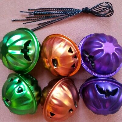 NIP Halloween Pumpkin Bell Mini Metal Tree Ornaments Set of Orange/ Purple Green