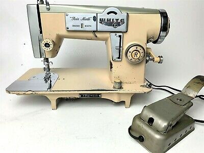 Vintage WHITE ZigZag Twin Needle Sewing Machine w Foot Pedal 3354-315 JAPAN