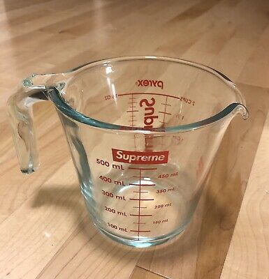 Supreme Pyrex 2-cup Measuring Cup *IN HAND!*